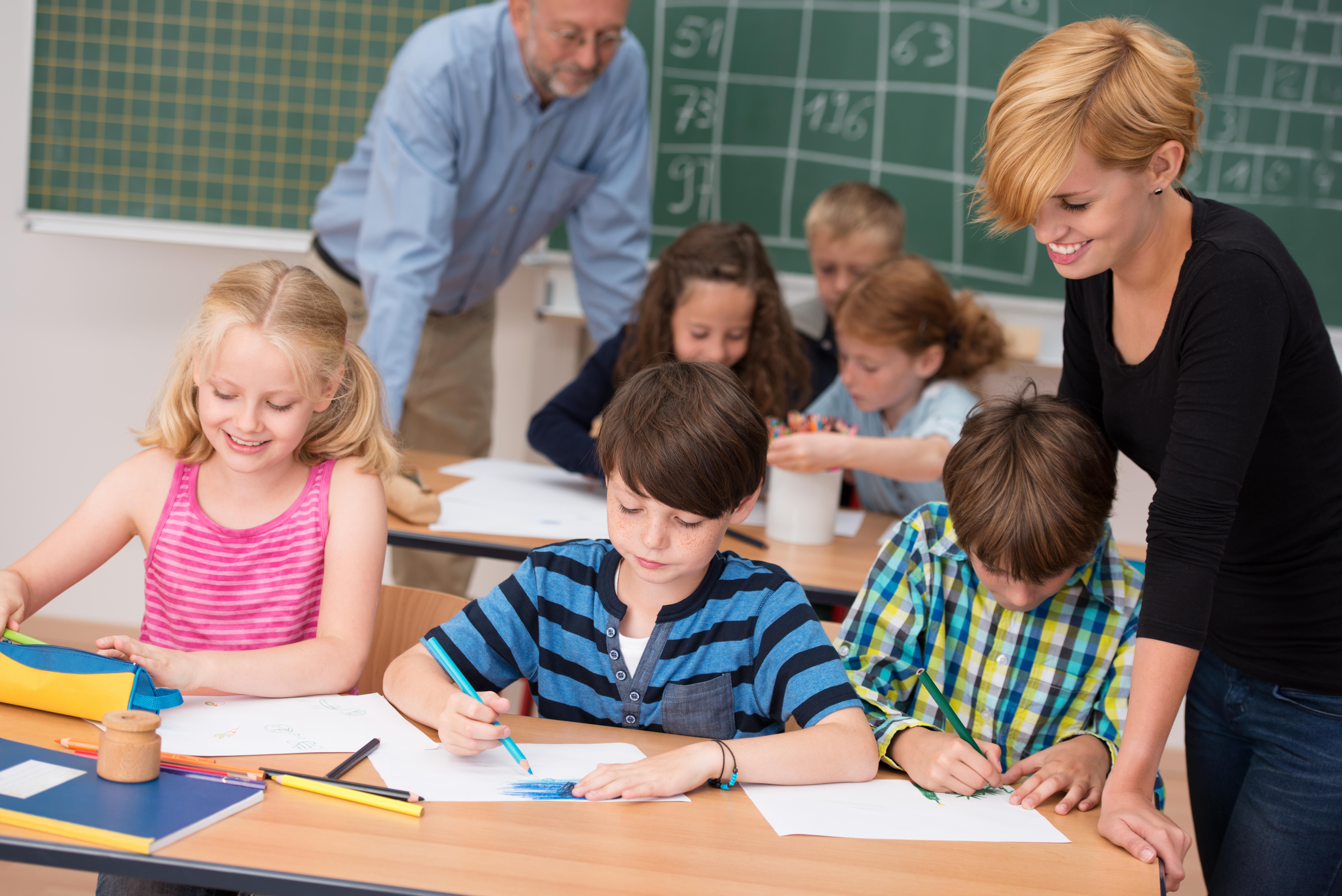 Päd. Mitarbeiter*in an Schulen - Fit for Kid - KEB-Zertifikatskurs