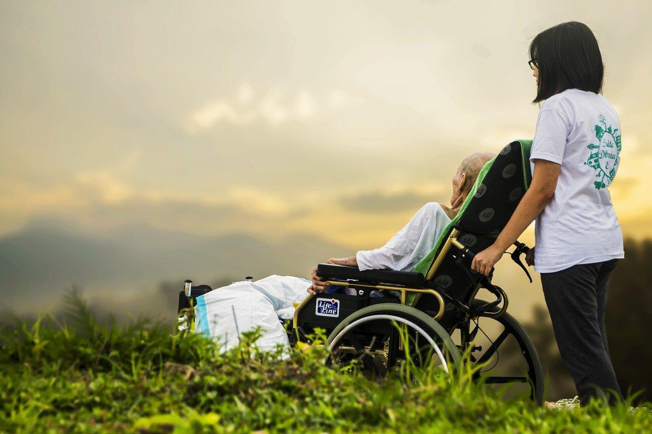 Letzte Hilfe – Umsorgen von schwer erkrankten und sterbenden Menschen am Lebensende Online-Seminar